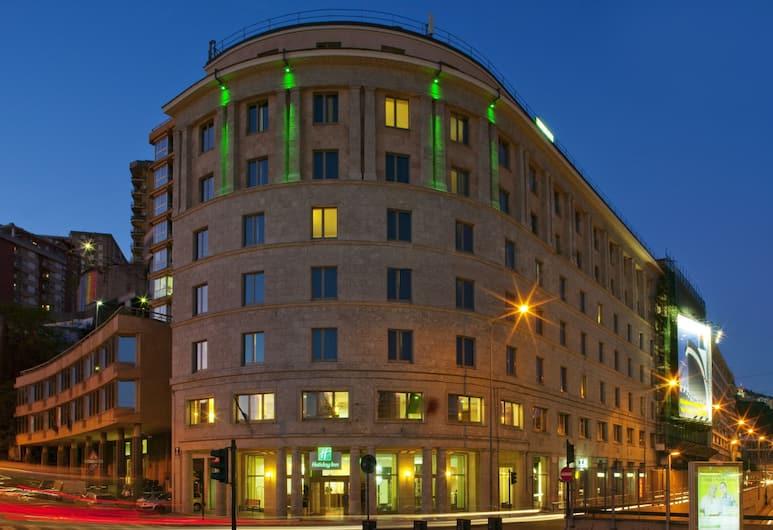 Holiday Inn Genoa City, Janov