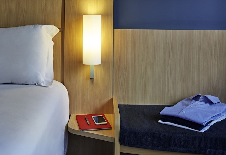 瑪律彭薩機場宜必思飯店, 卡爾達諾坎波, 標準雙人房, 1 張標準雙人床, 客房