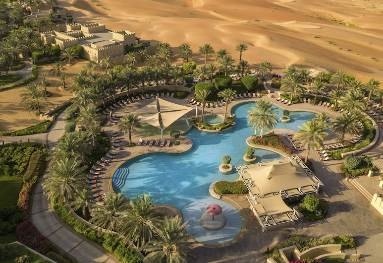 Anantara Qasr al Sarab Desert Resort, Mahdar Bin Usayyan, Outdoor Pool