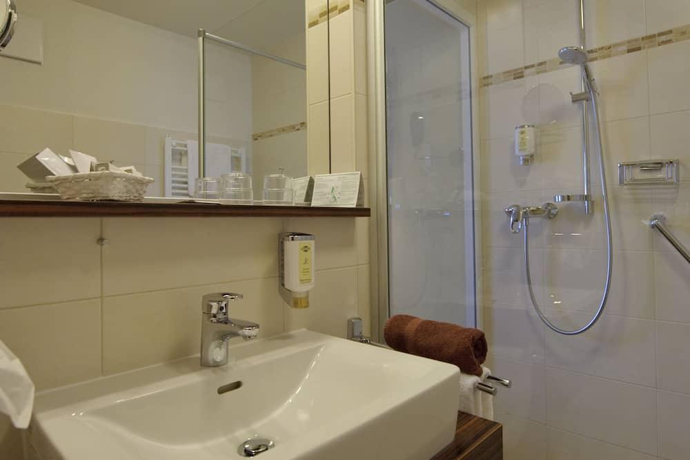 舒適雙人或雙床房, 附屬建築 - 浴室