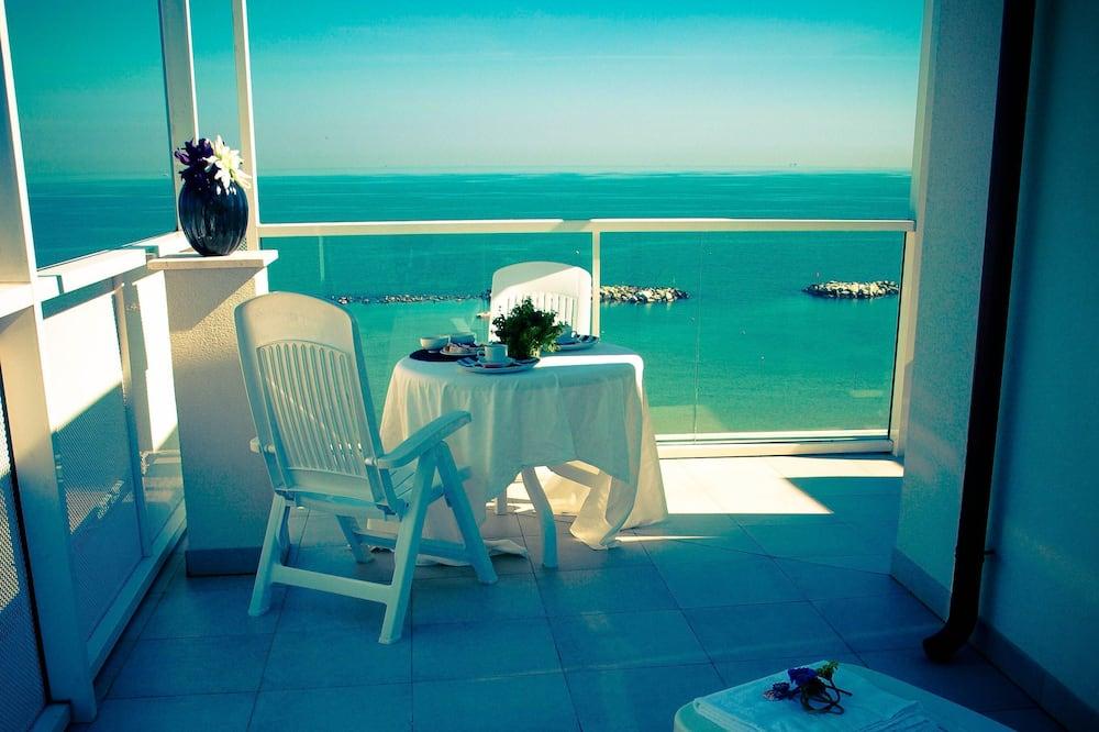 Suite, 3 Bedrooms - Balcony