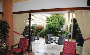 Fotografia hotela (Hotel Yiorgos) v meste Kos