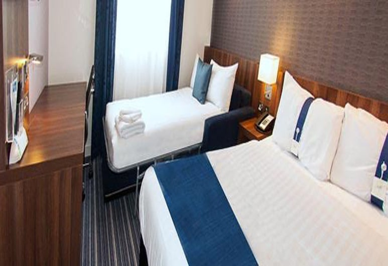 Holiday Inn Express Liverpool Hoylake, Wirral, Room, 1 Double Bed with Sofa bed, Non Smoking, Guest Room