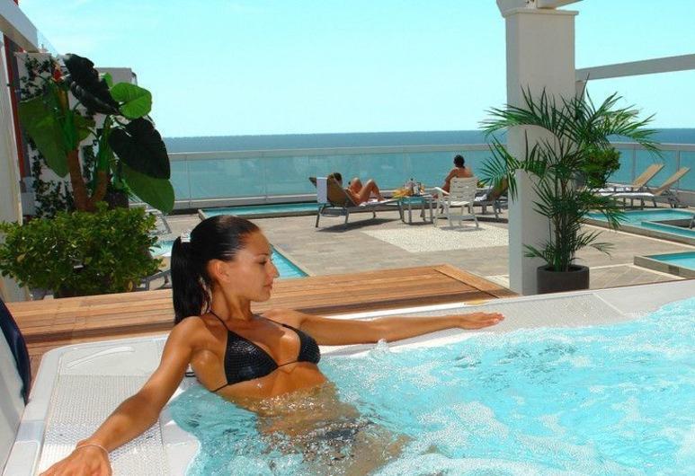 Hotel Orizzonte, Jesolo, Pool