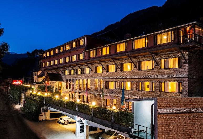 Honeymoon Inn, Manali, Hotel Front