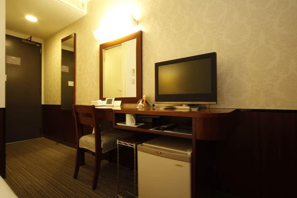 Standard Triple Room, Non Smoking (for 5 people) - Ruang Tamu