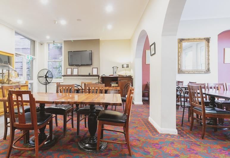Woolbrokers Hotel Darling Harbour, Pyrmont, Lobby