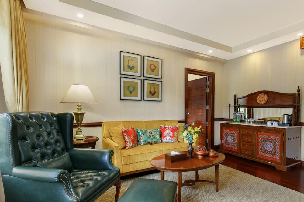 Heritage Suite with Garden View - Oturma Alanı