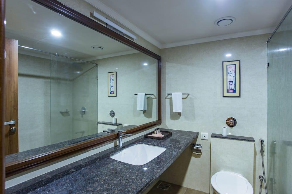 經典客房, 非吸煙房, 城市景 - 浴室