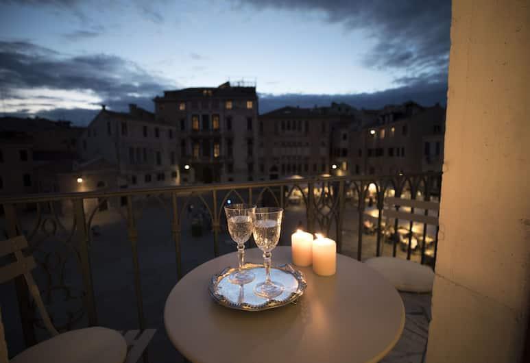 Palazzo Paruta & Wellness Apartments, Venezia, Appartamento Royal, Edificio separato (Wellness, 704 - 40 mt dall'hotel), Balcone