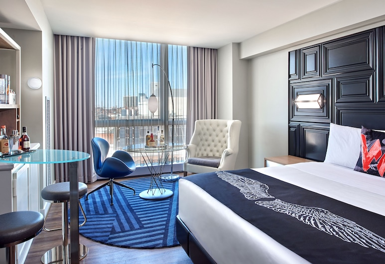 W Boston, a Marriott Hotel, Boston, Fabulous Room, Room, 1 King Bed, Non Smoking, Guest Room