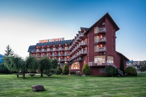 PARK-HOTEL/