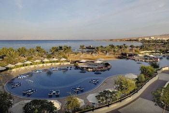Enter your dates to get the best Aqaba hotel deal