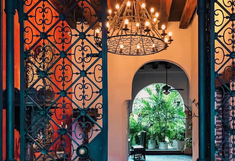 阿爾佐比斯帕多酒店, Cartagena, 酒店入口