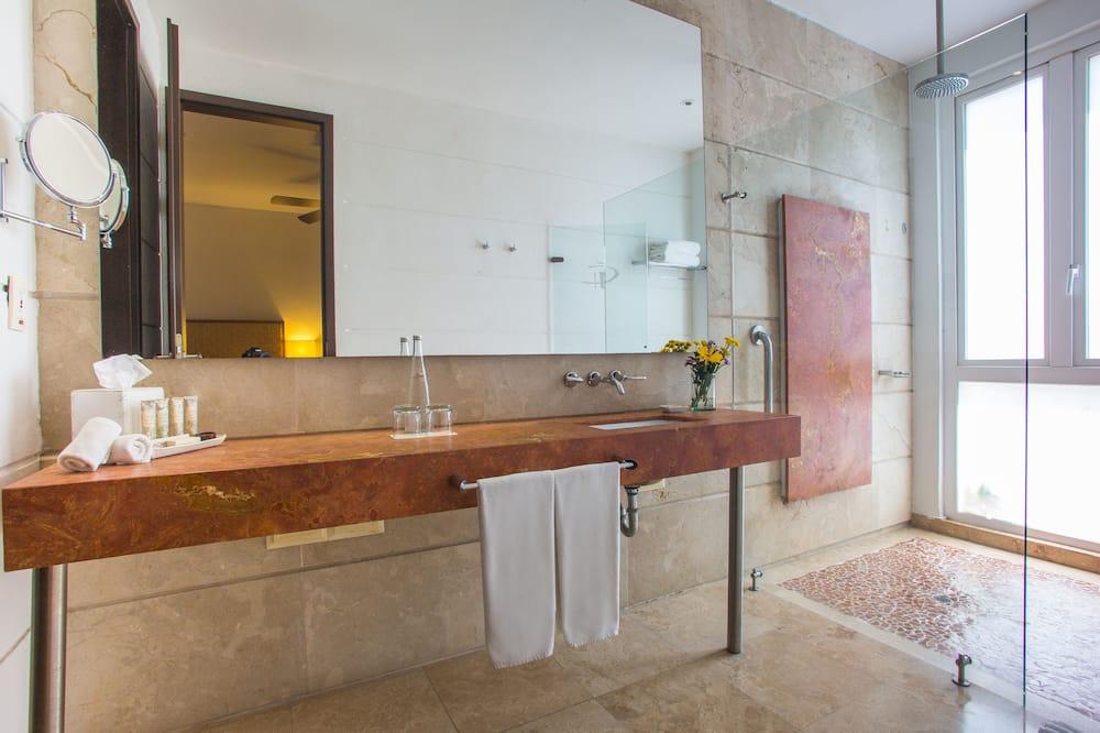 Номер преміум-класу - Ванна кімната