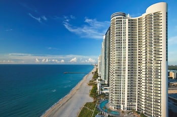 Picture of Solé on the Ocean in Sunny Isles Beach