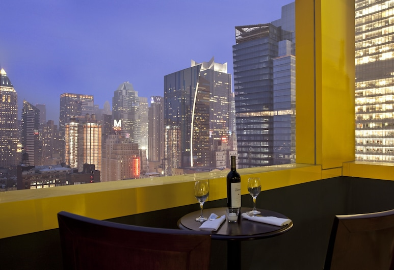 Four Points by Sheraton Midtown-Times Square, New York, Nachtclub