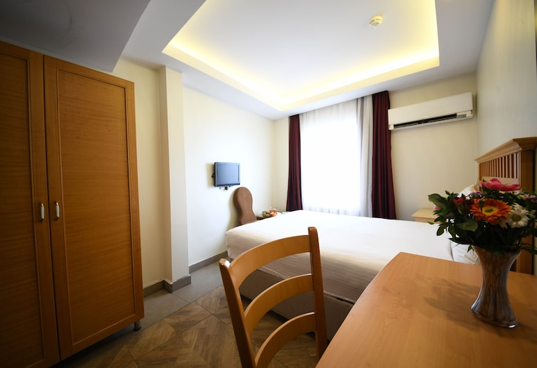 Star Hotel Taksim, Istanbul, Standard Double Room, Guest Room
