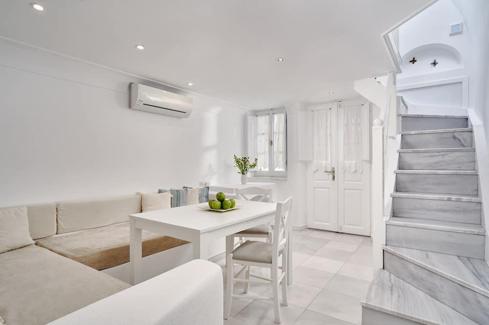 Apartamento superior, bañera de hidromasaje - Zona de estar