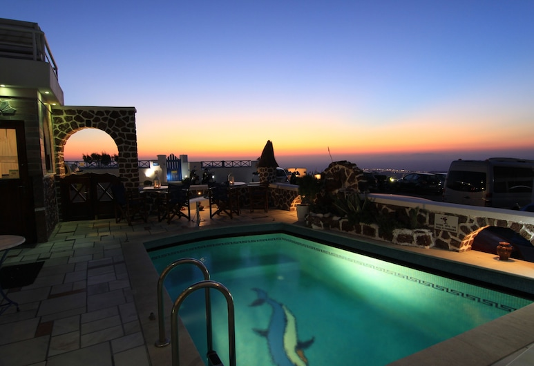 Merovigliosso Apartments, Santorini, Pool