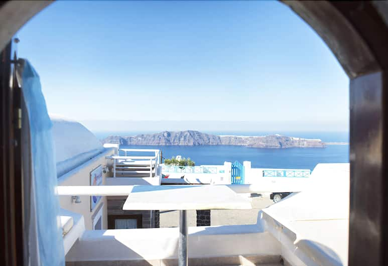 Merovigliosso Apartments, Santorini, Apartment, Sea View, View from room