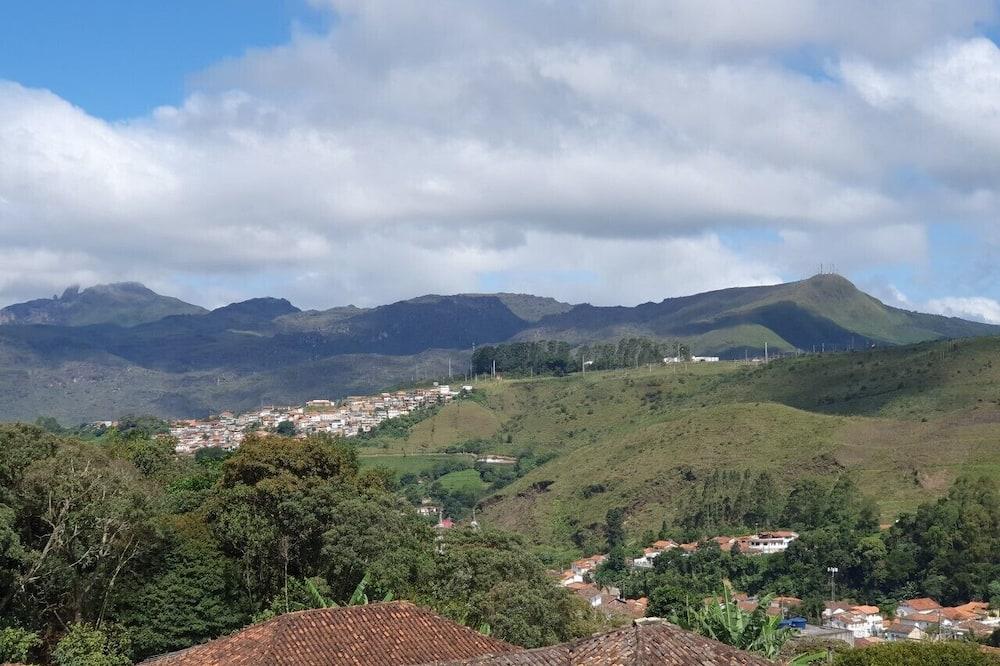 Suite (Vila Rica) - Pemandangan Gunung