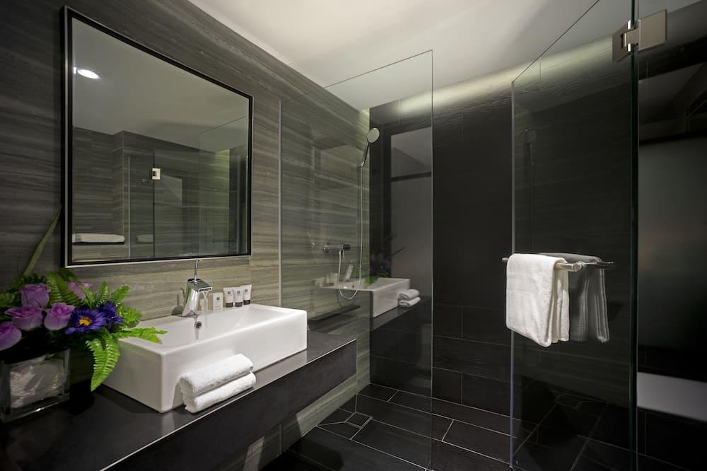 高級雙床房 (With Window) - 浴室