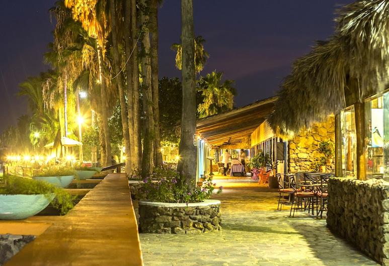 Hotel Oasis, Loreto, Hotelbar