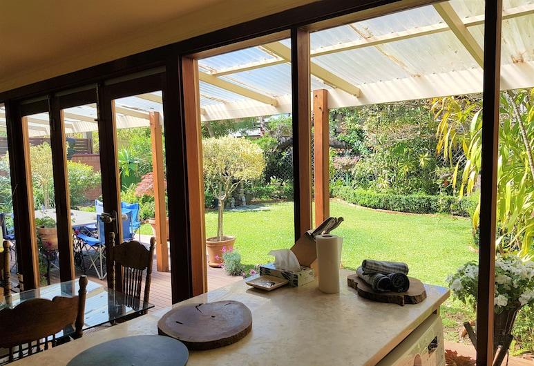 Adelaide Heritage Cottages & Apartments, North Adelaide, Villa Deluxe, 2 chambres, côté jardin, Salle de séjour