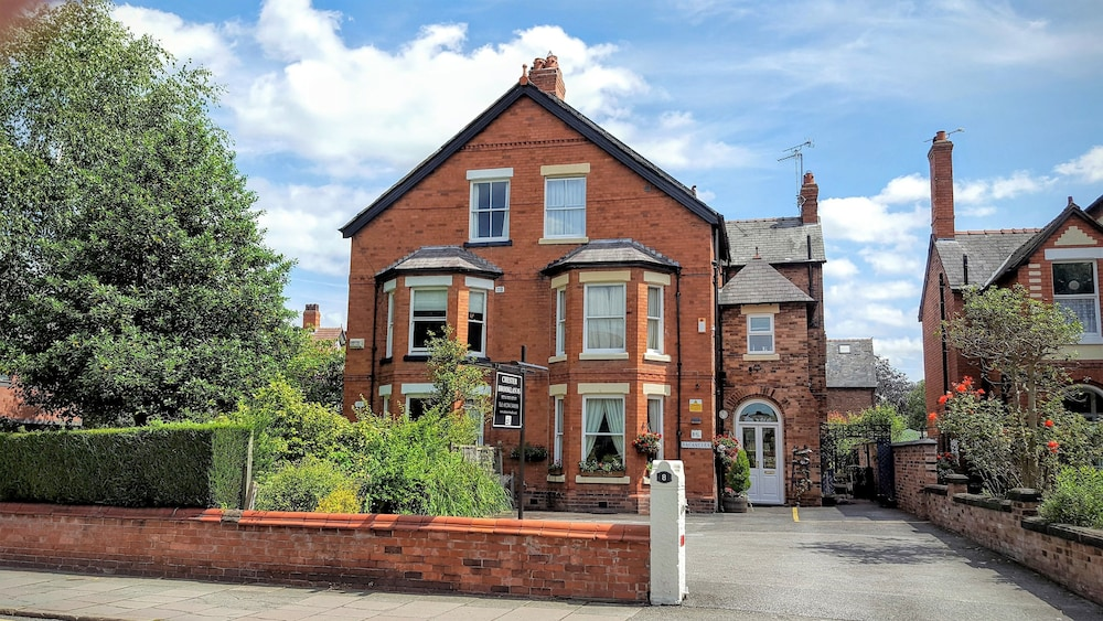 Chester Brooklands Bed and Breakfast, Chester