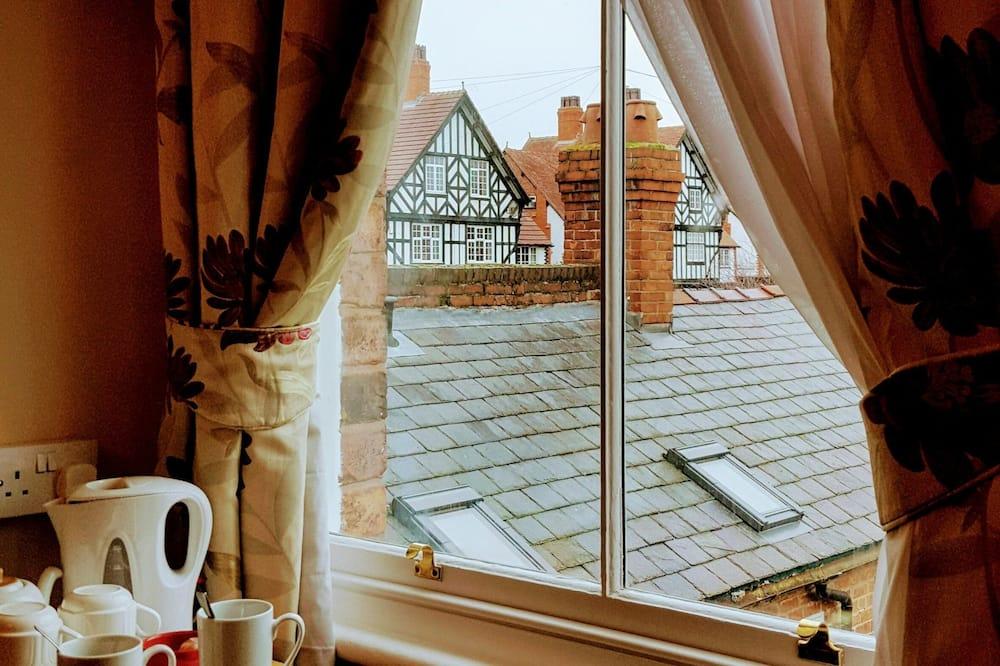 Deluxe Suite - Guest Room View