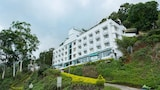Book this Free Breakfast Hotel in Munnar