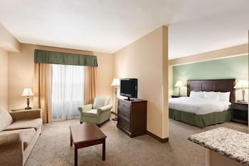 Picture of Country Inn & Suites by Radisson, Asheville West, NC in Asheville