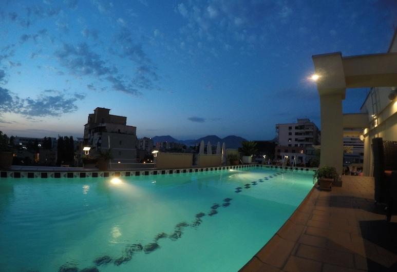 Mondial Hotel, Tirana, Terraza o patio