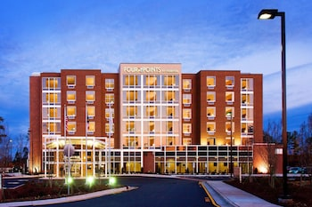 תמונה של Four Points By Sheraton Raleigh Durham Airport במוריסוויל