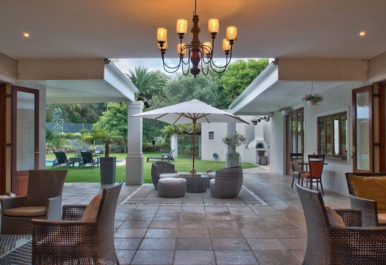 Nova Constantia Boutique Residence, Cape Town, Lobby Sitting Area