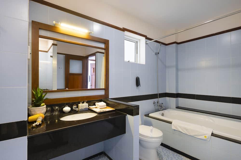 ห้องจูเนียร์ - ห้องน้ำ