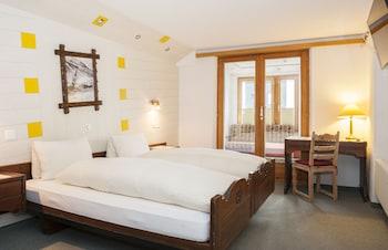 Introduce las fechas para ver los descuentos de hoteles en Saas-Fee