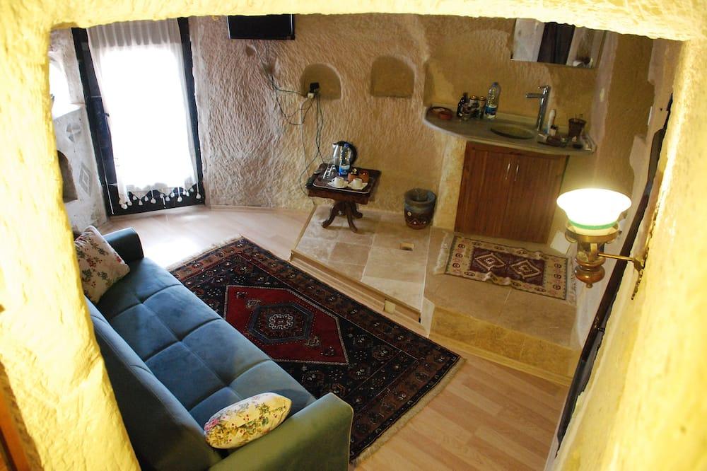 Queen Cave with Terrace (2 Bedrooms) - 17 - Obývacie priestory