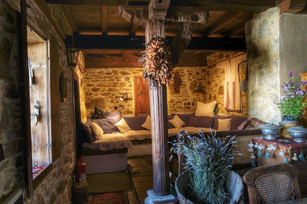 House Olive - Oturma Alanı