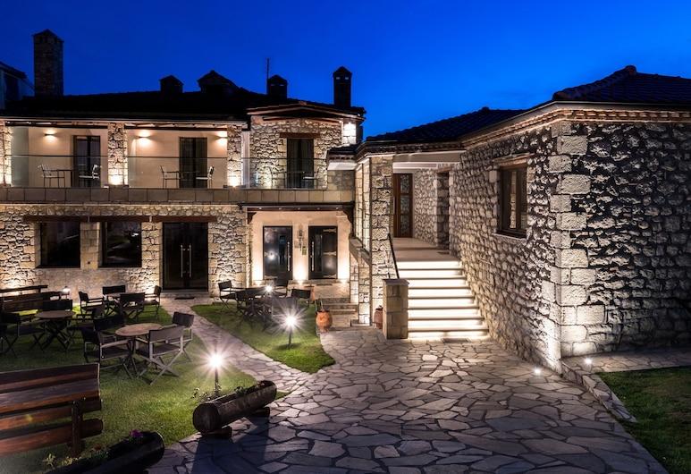 Meteora Tsikeli Hotel - Μόνο για ενήλικες, Kαλαμπάκα, Πρόσοψη ξενοδοχείου - βράδυ/νύχτα