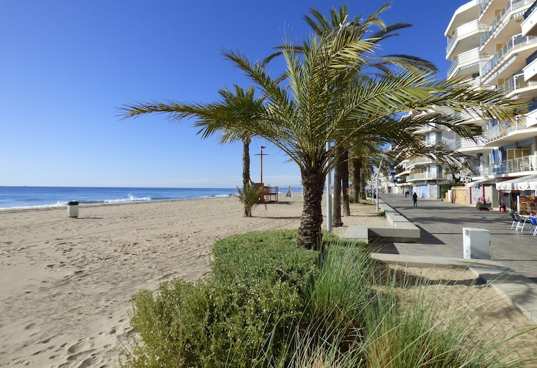 Apartamentos Costa d'Or, Calafell, Παραλία