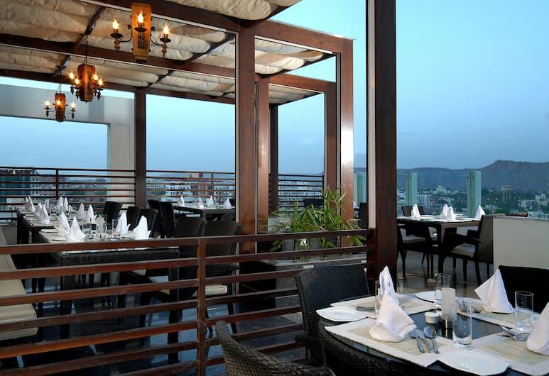 Park Inn Jaipur, Jaipur, Terrace/Patio