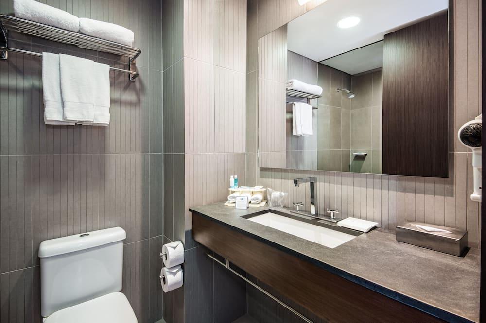 Стандартный номер, 1 двуспальная кровать «Кинг-сайз» (Extra Floor Space) - Ванная комната