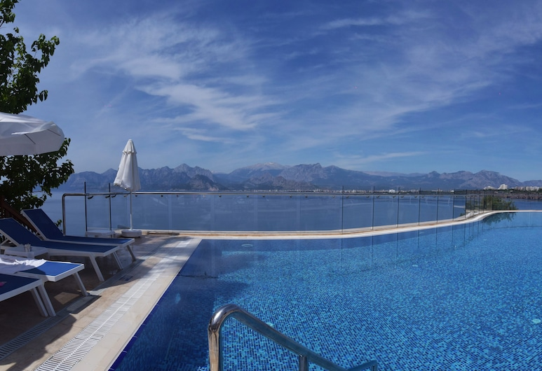 Ramada Plaza by Wyndham Antalya, Antalya, Outdoor Pool