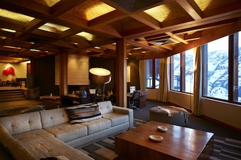 Picture of Hotel Valle Nevado in Montreal