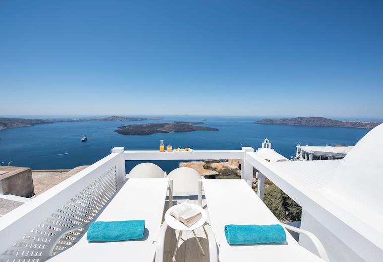 Aqua Luxury Suites, Santorini, Junior Suite, 2 Bedrooms, Sea View, Terrace/Patio