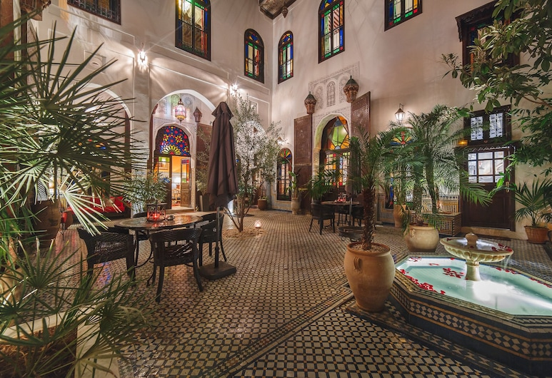 Riad Le Calife, Fes, Courtyard