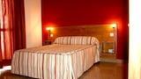 Choose This Cheap Hotel in Torremolinos