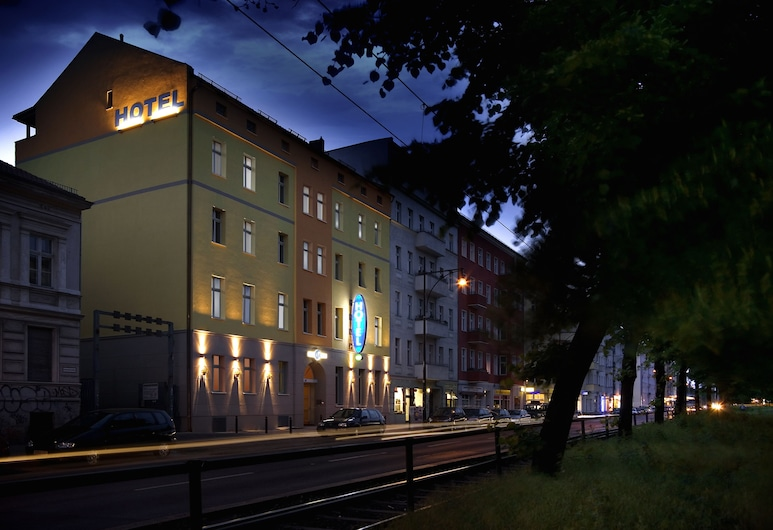 Melarose Feng Shui Hotel, Berlin, Façade de l'hôtel - Soir/Nuit